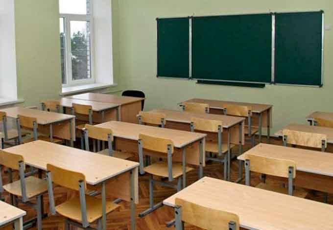 Канівський міський голова: «Ситуація напружена, але ми зробимо все, щоб наші вчителі були з зарплатами»