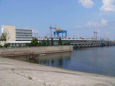 «Укргідроенерго» віддасть новій прокладці 8 мільйонів за Канівську ГЕС