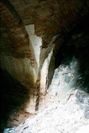 Умань має велику та розгалужену систему невивчених підземель