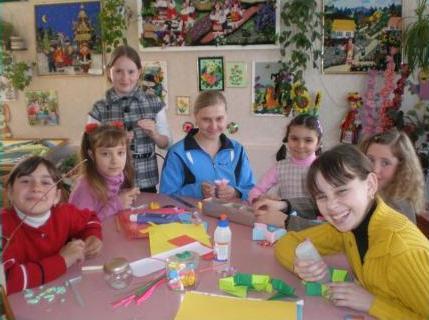 Чим зайняти молодь у позаурочний час, думали у Монастирищі