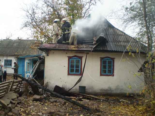 У Тальнівському районі вогнеборці ліквідували пожежу житлового будинку