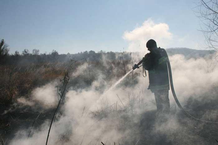 На Черкащині оголошено надзвичайну ситуацію через пожежу на Ірдиньському торфяному сховищі