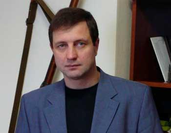 Валентин Бадрак презентує новий роман землякам