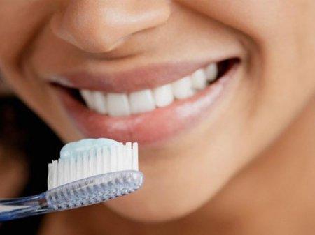 Ученые пришли к выводу что чистить зубы нужно качественней