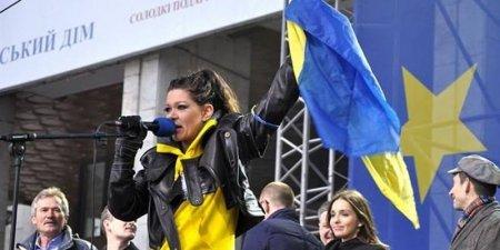 Певица Руслана не может найти общий язык с родственниками