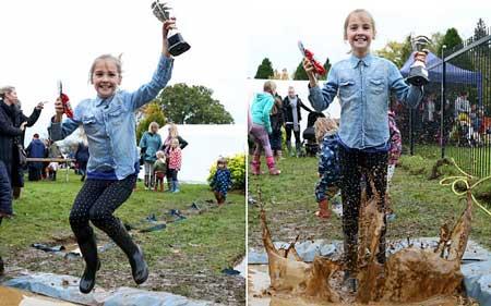 Девятилетняя британка выиграла чемпионат мира по прыжкам по лужам