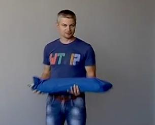 Черкаський винахідник змайстрував ліжко-трансформер для українських військових