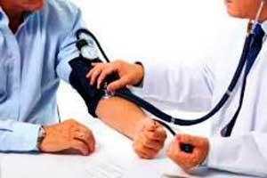 Під час акції «Узнай ризики інсульту» артеріальний тиск виміряли 7275 черкасців