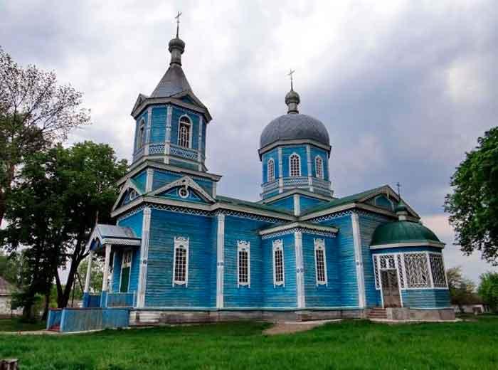 В Антипівці відновять зруйновану вогнем церкву