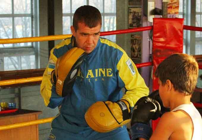 Відомий тренер з боксу Євген Прокопов повернувся у Черкаси