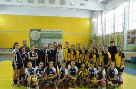 В Монастирище состоялся заключительный тур по волейболу «Быстрый мяч-2014»