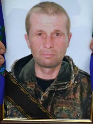 Драбівщина попрощалася з бійцем-героєм Олександром Потапенком