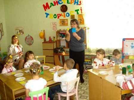 Школа маленьких патріотів працює у Катеринопілі