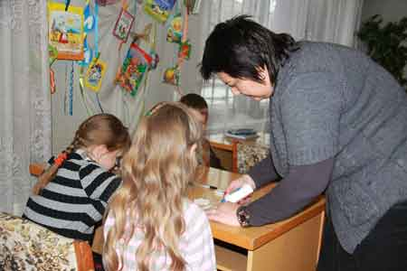 У мікрорайоні «Богданівський» на майстер-класі виготовляли символ Нового року