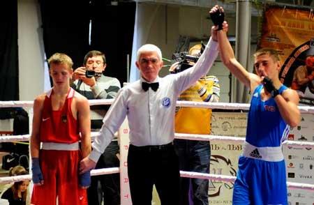Черкаські боксери привезли з чемпіонату України срібло і дві бронзи