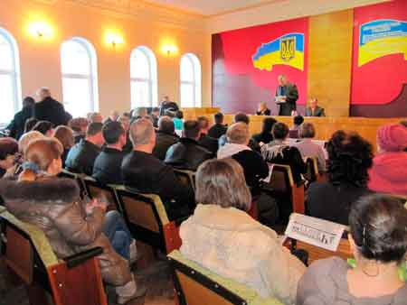 Литвин провів сесію у Чигирині