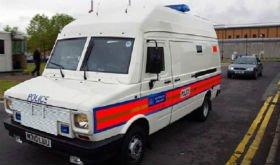 В Англії затримали водія за те, що він посигналив поліцейській машині