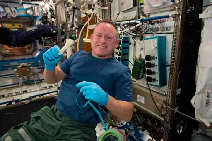 3D друк у космосі або відправка гайкового ключа електронною поштою