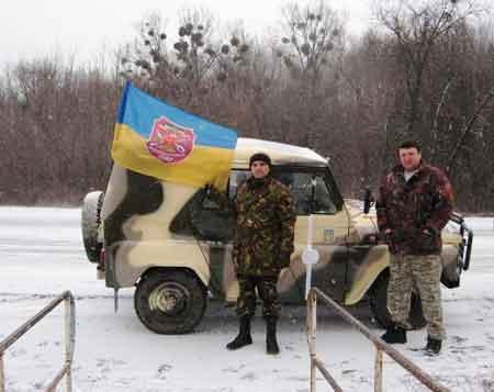 Лісники подарували бійцям АТО відновлений УАЗ