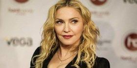 Мадонну звинуватили у спекуляції на трагедії у Франції
