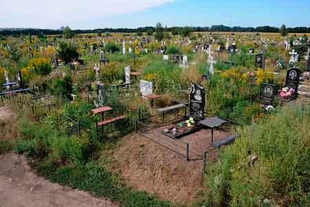 На Лисянщині працівники міліції затримали цвинтарних вандалів