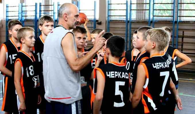 Юні баскетболісти розпочали невдало