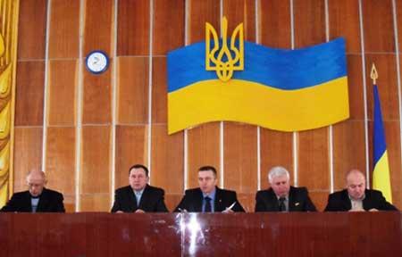 На Христинівщині відбулася нарада з головами територіальних громад та керівниками громадських формувань району