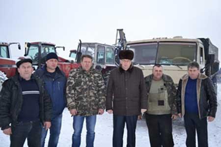 Із Лисянки для 14-го мотопіхотного батальйону передано два КамАЗи та два МАЗи