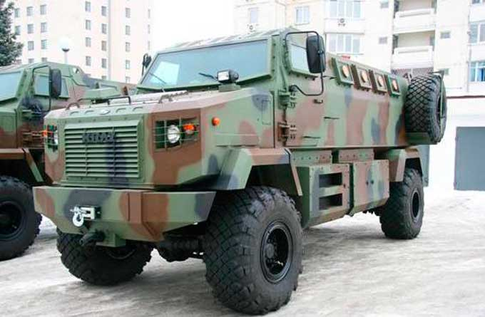 Українські силовики отримали на озброєння нові бронемашини