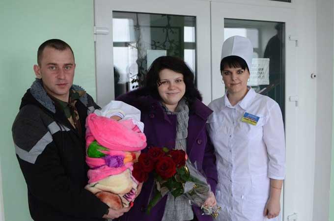 Боєць АТО приїхав на кілька днів, аби побачити новонароджену доньку