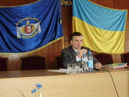 Голова Звенигородської районної ради звітував перед депутатами