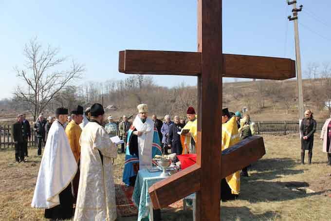 У Канівському благочинні започатковано будівництво храму