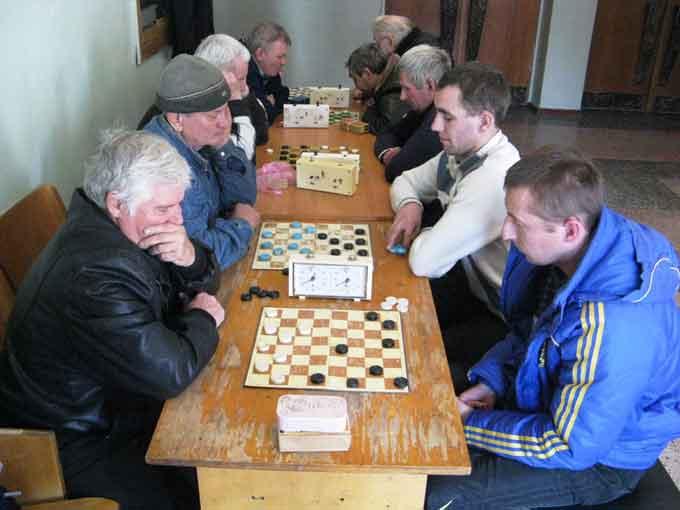 Відбувся чемпіонат Кам'янського району з гри в шашки