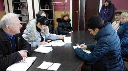 Мобільні групи виїхали до Верхнячки та Попівки, щоб допомогти переселенцям