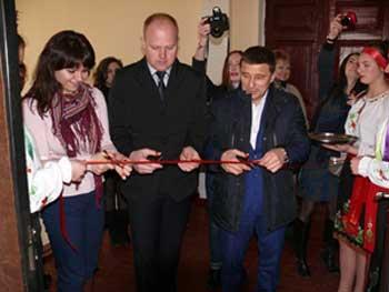 Бібліотека у Степанках виграла міжнародний грант