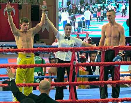 Сім золотих медалей взяли черкаські кікбоксери на чемпіонаті України!