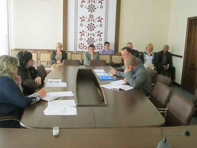 засідання координаційної ради з питань складання плану модернізації освітніх округів та мережі навчальних закладів у Катеринопільському районі