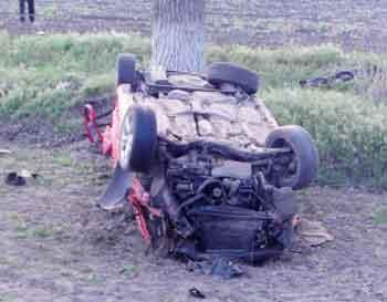 Біля Чорнобаю сталася жахлива ДТП, загинули люди (фото)