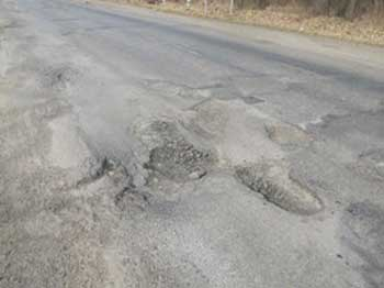 Опубліковано рейтинг районів Черкащини з найгіршими дорогами