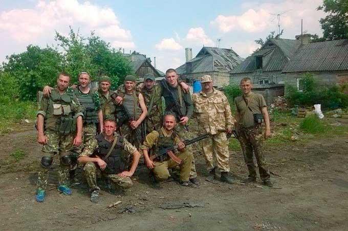 Стало известно, кто героически отбил у террористов Марьинку