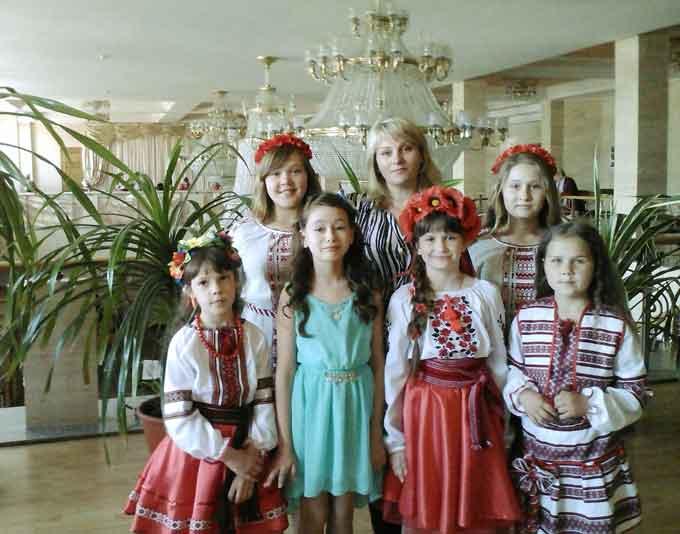 На міжнародному конкурсі-фестивалі «Зоряні мости» учні Чорнобаївської районної дитячої школи мистецтв вибороли призові місця