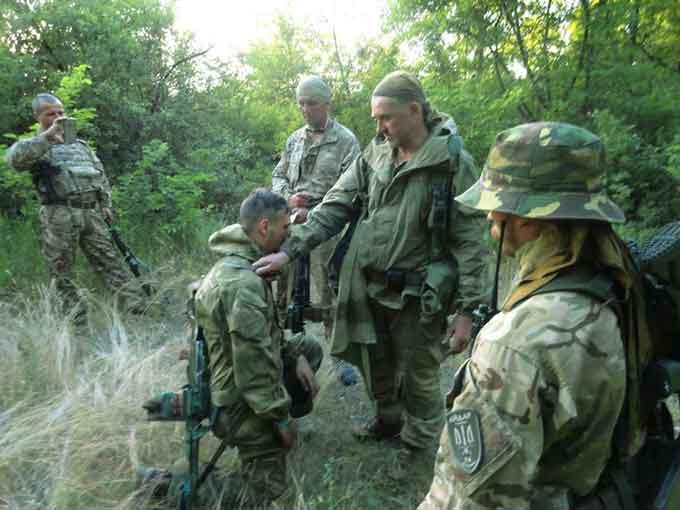 """В """"Айдарі"""" по-козацькому посвячують до своїх лав (фотофакт)"""