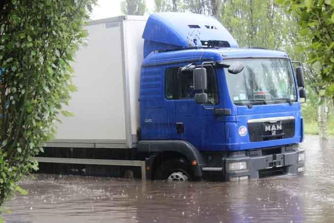 """Черкаси наочно продемонстрували """"переваги"""" соціалізму, – мер Одарич про потоп у місті"""