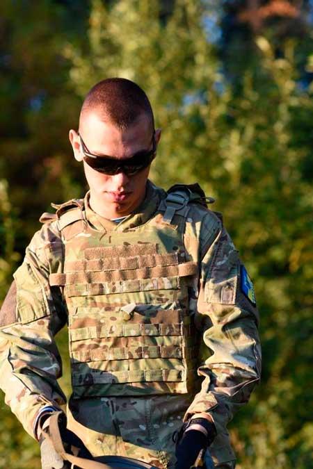 Как львовские десантники героически защищали аеропорт