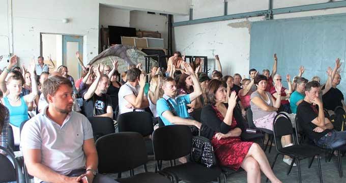 Колектив Черкаського драмтеатру проголосував за звільнення Проскурні