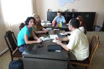 Представники ОБСЄ вивчали умови проживання переселенців на Черкащині