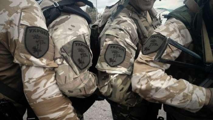 Черкаські патріоти відмовляються носити шеврони «УКРОПу», бо не хочуть рекламувати Одарича і Бродського