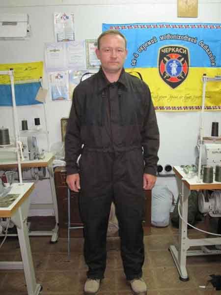 У Черкасах волонтери розробили надфункціональний комбінезон для танкістів