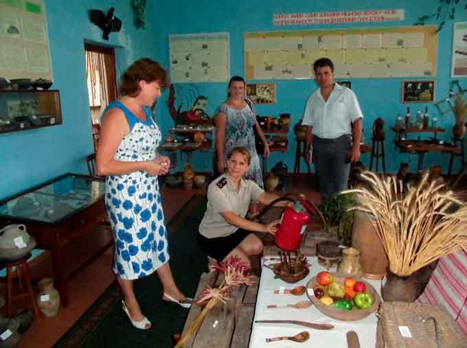 Школи та дитячі садочки Чорнобаївського району перевірили на готовність до 1-го вересня