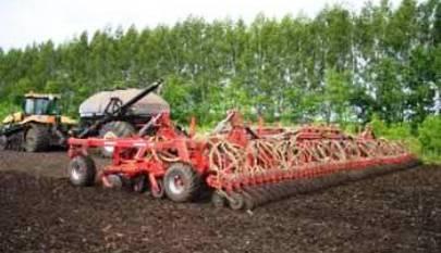 На Черкащині готують ґрунт під озимі зернові та вже розпочали посів озимого ріпаку